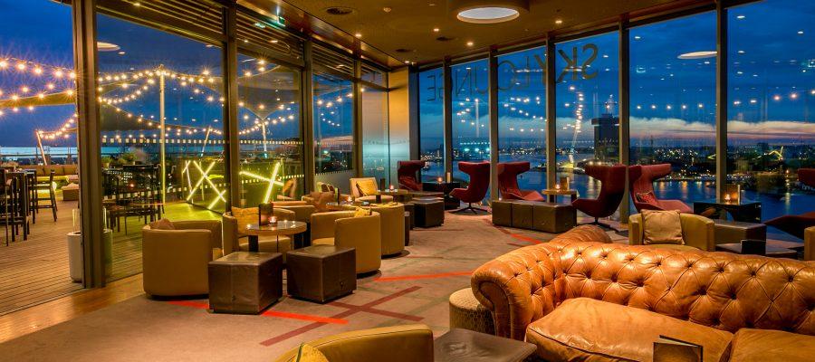 sky lounge doubletree